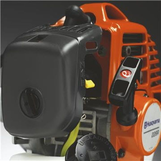 Filtro aria efficiente L'efficiente filtro aria riduce al minimo costi di manutenzione e logorio del motore